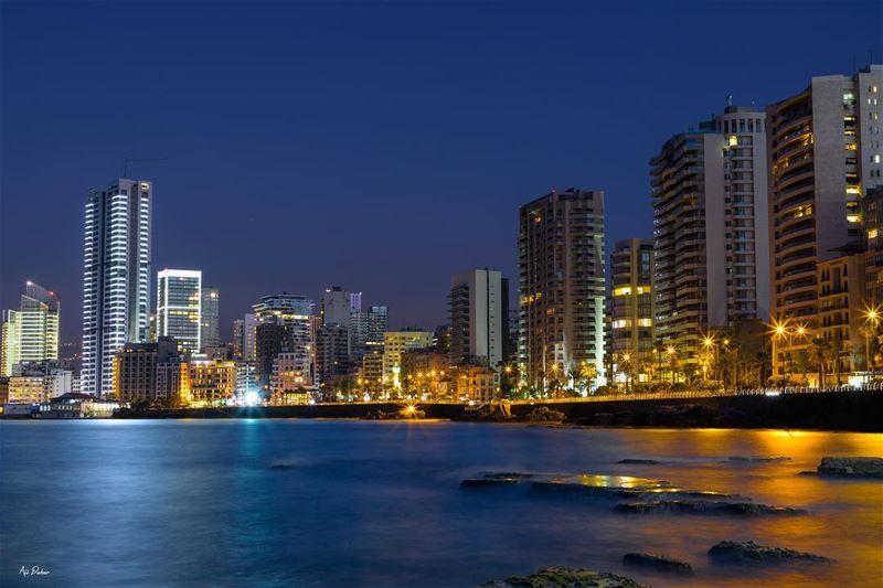 City life ✨..... photography photographer photooftheday picoftheday... (Beirut, Lebanon)