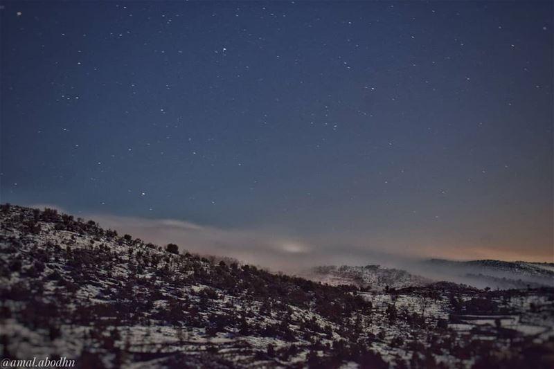 النجوم الصغيرة تُضيئ دوما،، والشمس احيانا يغطيها الكسوف حاصبيا حرمون جبل (Mount Hermon)