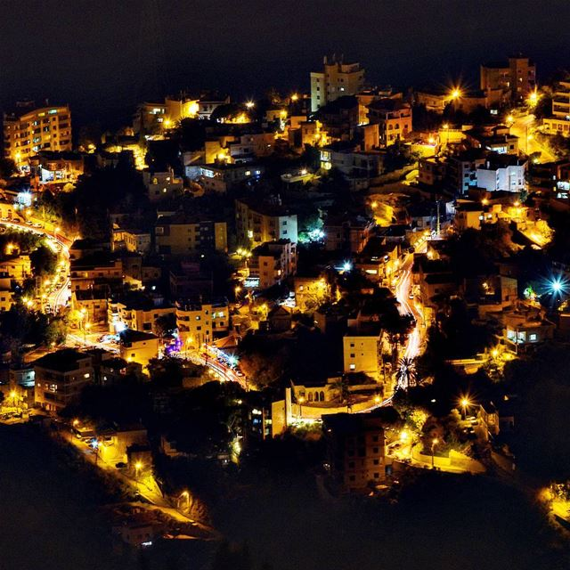 ------------A.J------------ lebanon lebanesevillage night ... (Bsoûs, Mont-Liban, Lebanon)