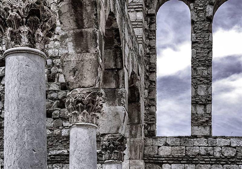 anjar lebanon nature castle snapshot photo photos photoshoot pic ... (Aanjar, Béqaa, Lebanon)