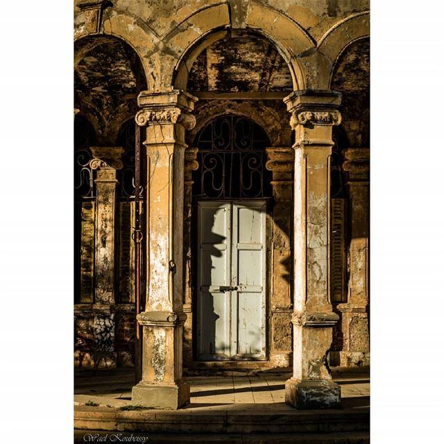 lebanon heritage old building sawfar architecture villa ... (Donna Maria Sursock Gardens)
