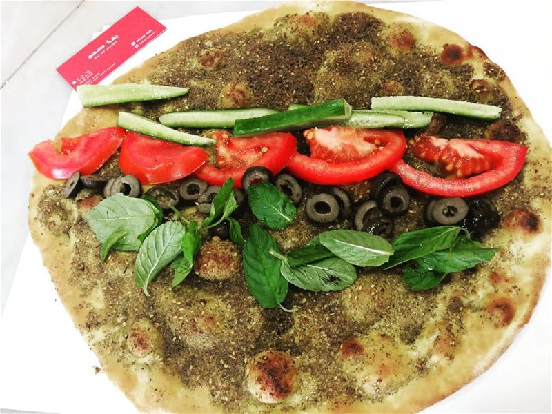 Zaatar is life... Good morning dear followers!📍@rashetsomsom😋❤️••••... (Rashet somsom - رشة سمسم)