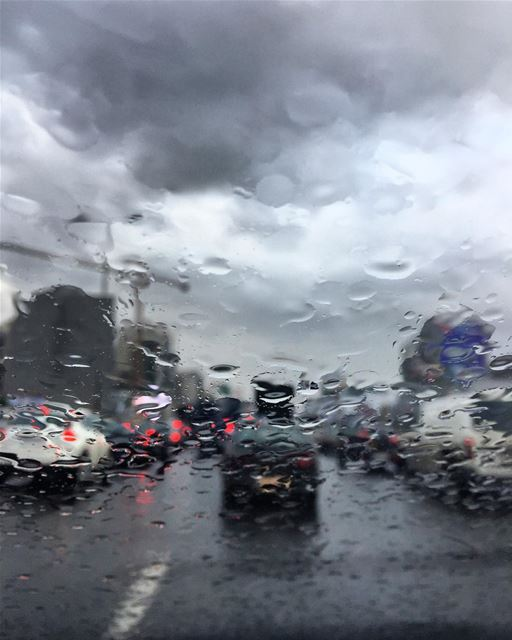 Beirut, Lebanon: a gloomy start to a fruitful day.... rain lebanon ... (Beirut, Lebanon)