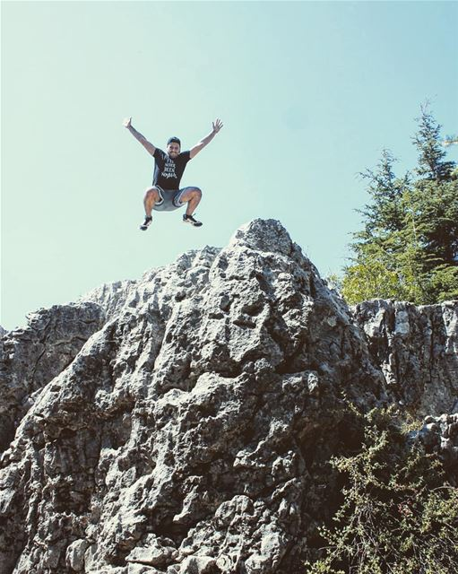 Yes, i can fly 🦅😂 ainzhalta mountlebanon hiking jump fun nature ... (Aïn Zhalta, Mont-Liban, Lebanon)
