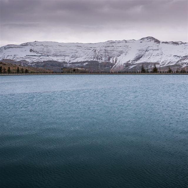 Sannine and the lake ... (Zaarour Club)