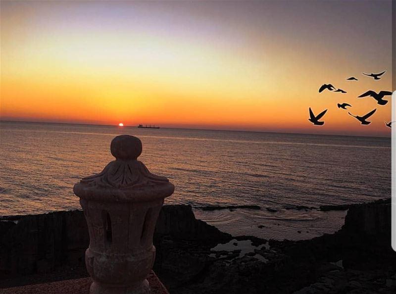 batroun sunset phoenician wall sea mediterraneansea batrounbeach ... (Saydet El Baher-Batroun)