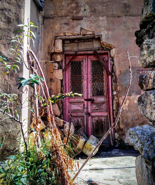 🌸Mornin' 🌸_______________________________________ lebanon beirut... (Ashrafiyah, Beyrouth, Lebanon)