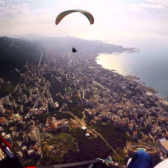 🌅 FromHarissaWithLove HappyMonday BeautifulLebanon Repost @paraglidingc (Harîssa, Mont-Liban, Lebanon)