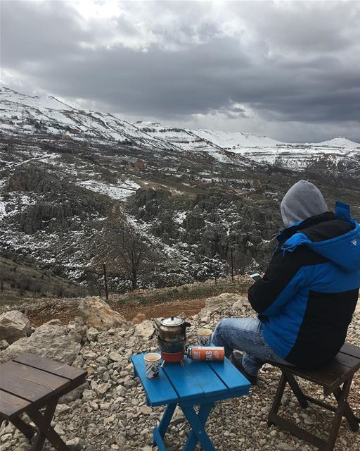 nature mountain snow coffee coffeelover lebanon ... (Jord Tannoûrîne)