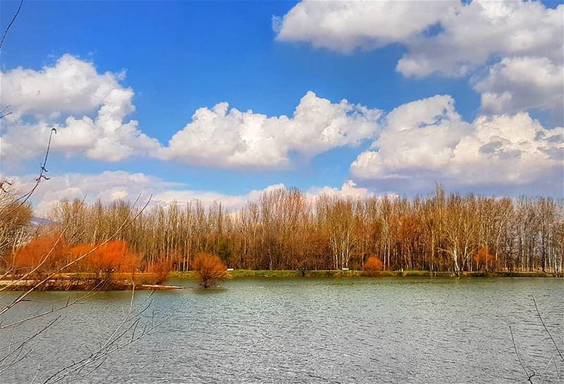 أنا خايف أوديلك قلبي 💙............. aroundtheworld hike ... (Deïr Taanâyel, Béqaa, Lebanon)