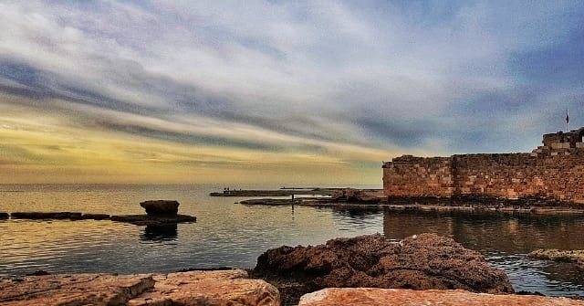 The eyes are useless when the mind is blind 🎈.... eveningpost ... (Byblos - Jbeil)