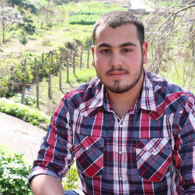 Click a Smile :) 📸 @anees_rafeh... Lebanon abey view canon ...