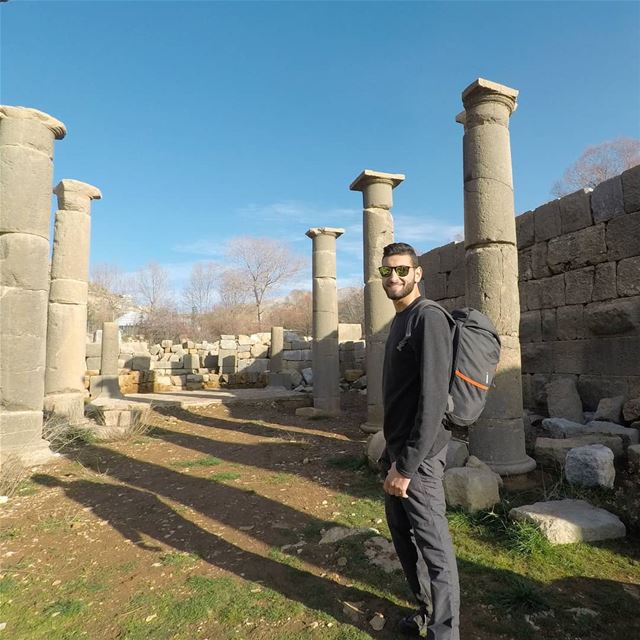 Never Stop Exploring 🌍 (Faqra (fornlämning i Libanon, lat 34,00, long 35,81))