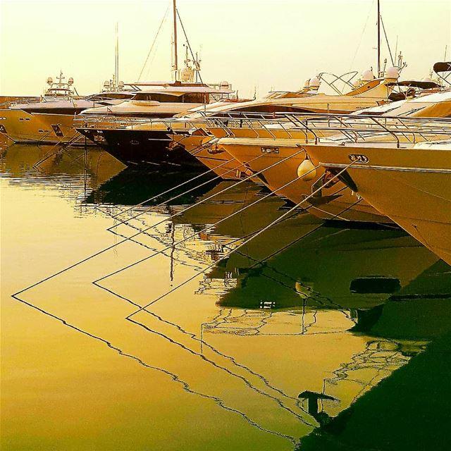 zeytunabay yahtclub yahtinglife beirut marina marinatower ... (Saint-George Hotel,Yacht Club & Marina)