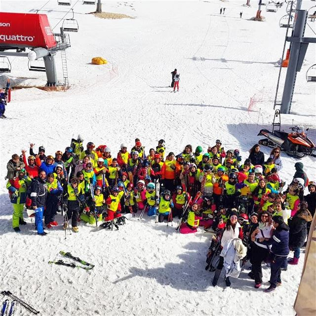 Ending the weekend with groupe Z groupez skischool mzaar lebanon ... (Mzaar)