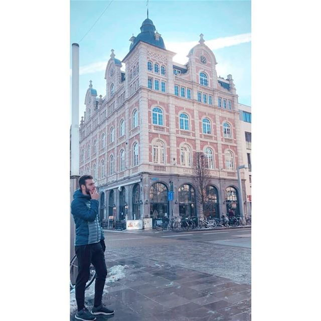Caption this 😋............. belgium brussels amesterdam ... (Brussels, Belgium)