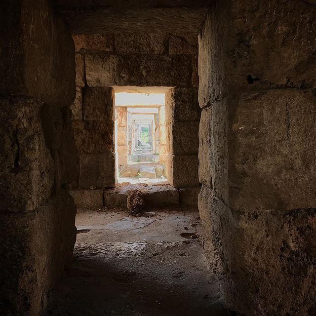 P.A.T.T.E.R.N.🕳🕳🕳🇱🇧 mylife thewayyousee thewayyouread ... (Tyre, Lebanon)
