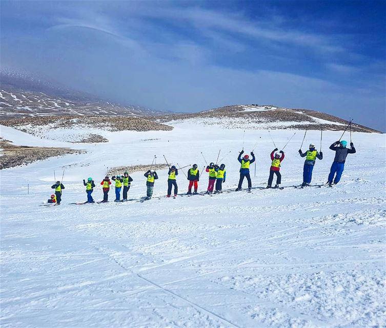 Morning session ⛷️ groupez skischool mzaar lebanon sportsexperts ... (Mzaar)
