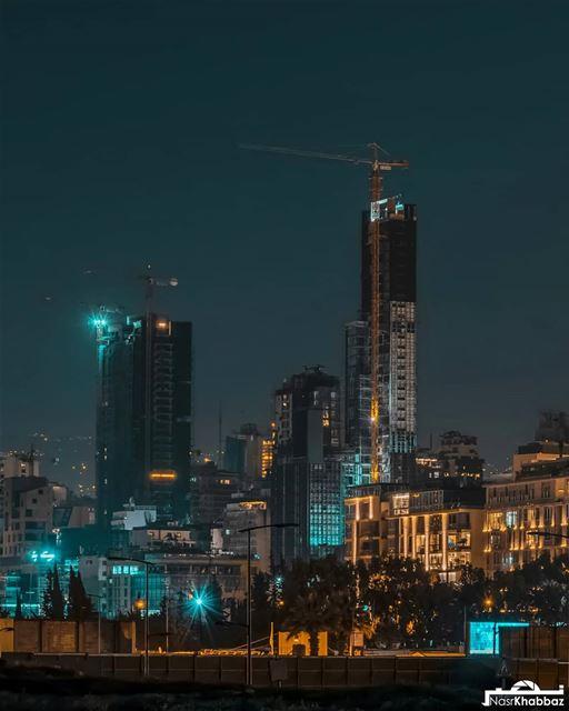 Goodnight from beirut.🌃🌉⛼Swipe left⬅ streetphotography urban ... (Beirut, Lebanon)