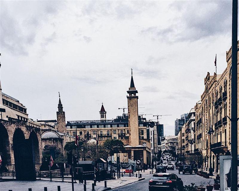 •Beiruti street scene•..... lebanon🇱🇧 WeAreLebanon ... (Beirut, Lebanon)