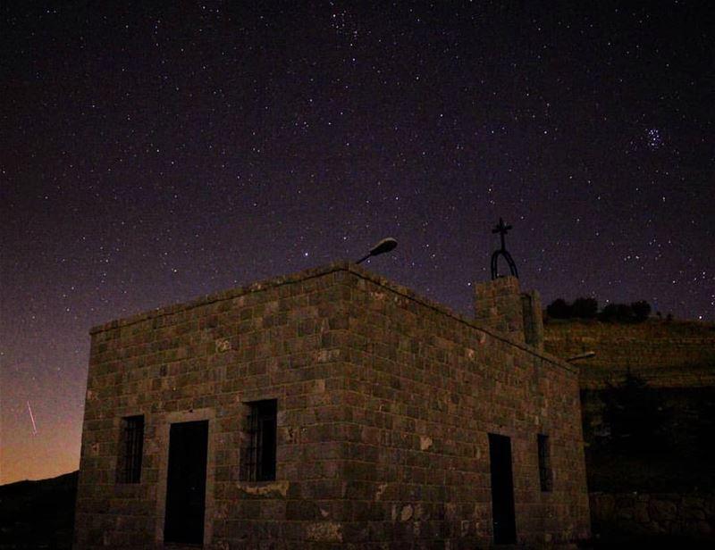 📲Turn ON Post Notifications 🌄Amazing view from wataaljawz 📸Photo by @el (Wata' Al Jawz, Mont-Liban, Lebanon)