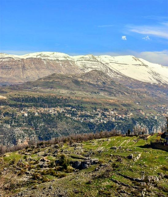 Take a deep breath, and just enjoy your life. lebanoninapicture ... (Hadeth El Joubbe, Liban-Nord, Lebanon)