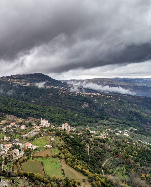Foggy Friday 🌫️... jezzine lebanon dji drones quadcopter aerial... (Jezzine District)