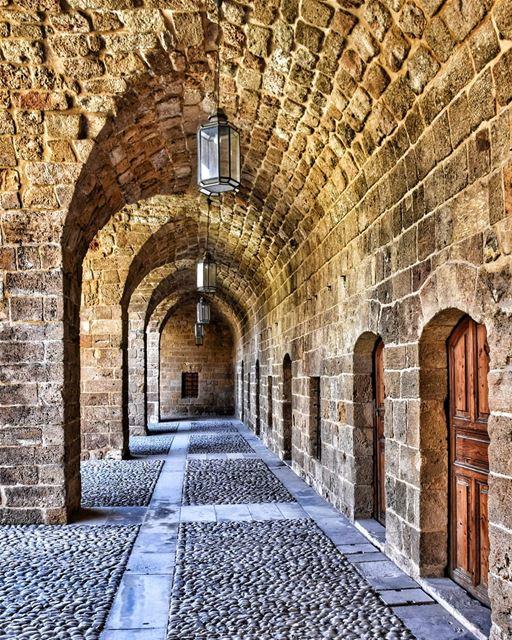 lebanon beirut saida photography livelovelebanon livelovesaida ... (Saïda, Al Janub, Lebanon)