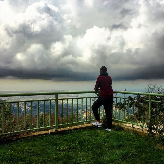 Away From The City ... Beirut I Can See You 🇱🇧🌤 Hiking nature... (Bhersâf, Mont-Liban, Lebanon)