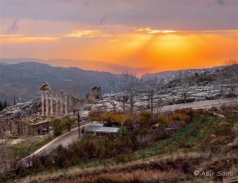 One more day one more sunset ☀☀ lebanon faqraruins faqra mountlebanon ... (Faqra Ruins)