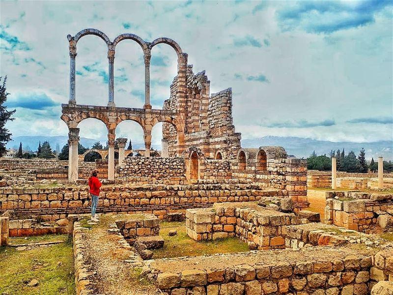 Wander don't Wonder 🌫... (`Anjar, Béqaa, Lebanon)