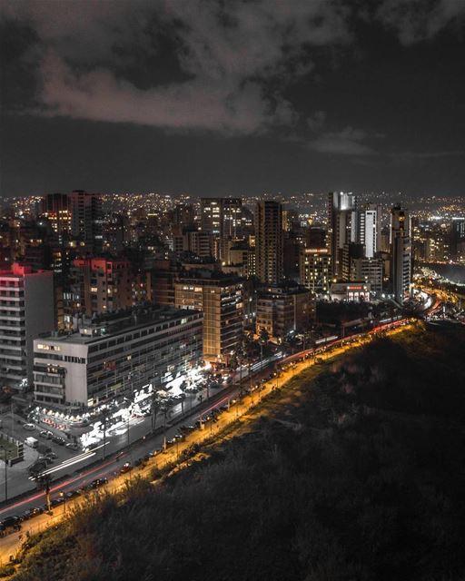 Wen el Sahra Layle?By @rawadtaha Beirut Beyrouth Liban Libano ... (Beirut, Lebanon)