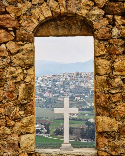 صليبنا خلا صنا lebanon south_lebanon livelovesouth livelovelebanon ... (El Qlaïaâ, Al Janub, Lebanon)