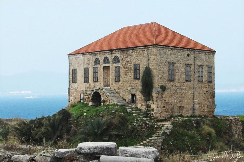 🇱🇧حبة من ترابك بكنوز الدنيي... (Byblos Castle)