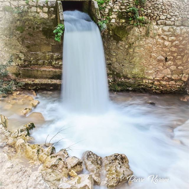 The power of water longexposure waterfall... hiking ... (Hamatoura Monastery)