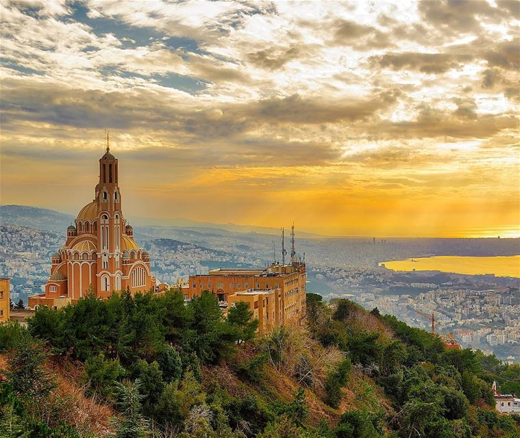 sunset harissa lebanon yellow dusktilldawn dusk dawn sunrise ...