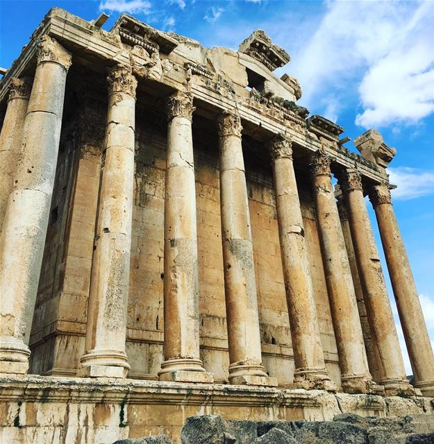 My Kind Of Temple 🍷. baalbeck cityofthesun lebanon livelovelebanon ... (Baalbek , Roman Temple , Lebanon)