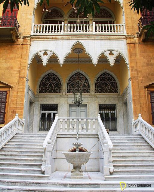 A dream home rooting for the good days of the past. housesoflebanon ... (Achrafieh, Lebanon)