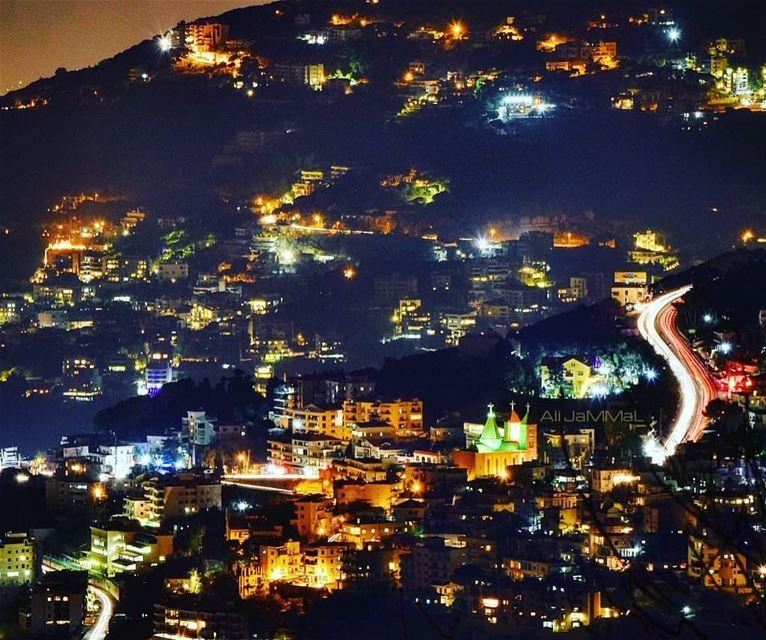 lebanon aley mountain village nikontop camera DSLR ByMe l4l ... (El Kahhalé, Mont-Liban, Lebanon)