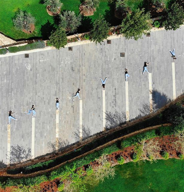 • U P & U P •🤸🏻♀️ luna_drone mavicair dji drone saturday topview... (Saghbîne, Béqaa, Lebanon)