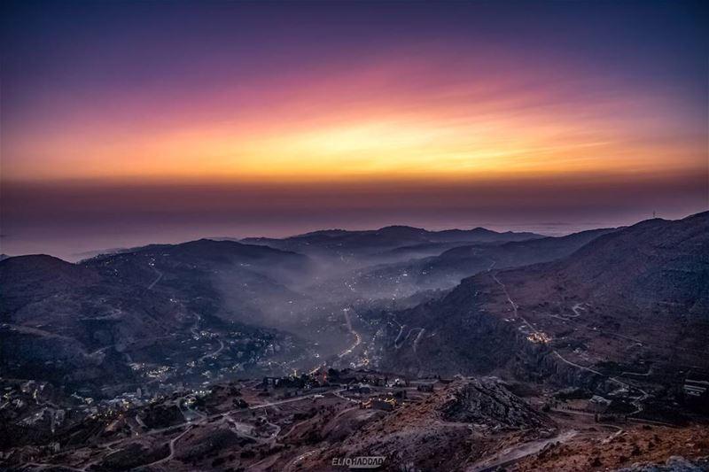 📱 shotononeplus oneplusphotography oneplus outdoors explorelebanon ... (Faraya, Mont-Liban, Lebanon)