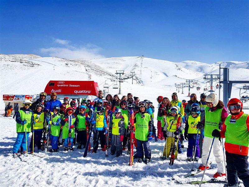 Classe de neige avec le Grand Lycee Franco-Libanais groupez skischool ... (Lebanon)