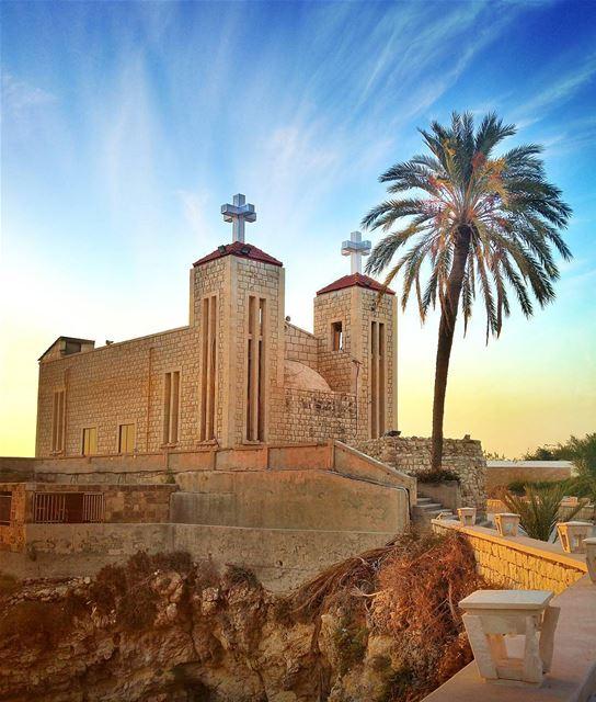 Beautiful Church ❤ lebanon nature naturelovers natureporn landscape ... (Al Fidar, Mont-Liban, Lebanon)