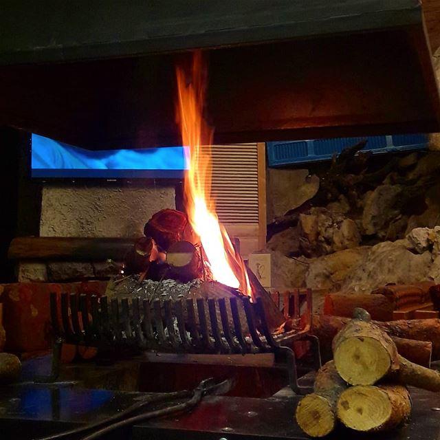 Snapshot cheminée ♨️ Lebanon Beirut ...