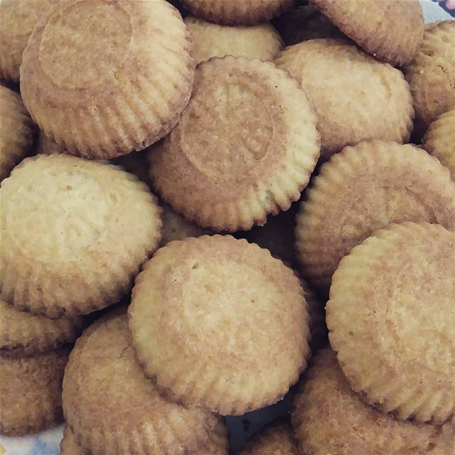 maamoul maamouldate homemade homebaked sweet sweets sweetlovers ...