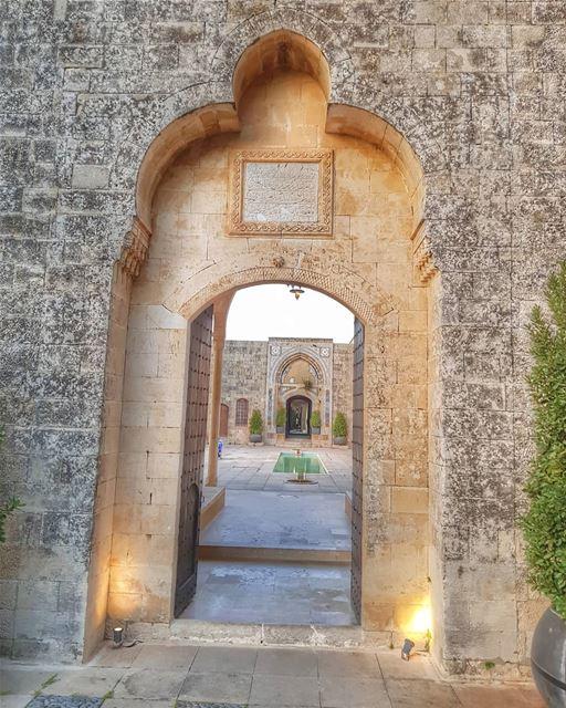 Emir Amin palace ▪▪▪▪▪▪▪▪▪▪▪▪▪▪▪▪▪ ptk_lebanon super_lebanon asi_es_hdr ... (Chouf)