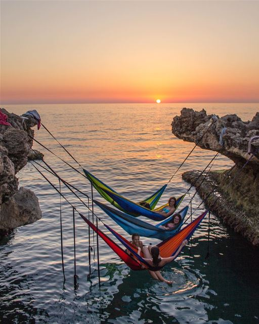 Golden hours on golden hammocks 🔥 who's excited for those summer hangs? ... (Kfar Abida)