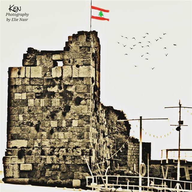 ...ومن أنا لا تسل سمراء منبتها فيملتقى ما ألتقت شمس وشطآنلي صخرة علقت با (Byblos, Lebanon)