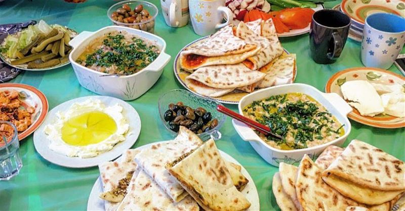 Lebanese Breakfast ❤️ manakish foulmoudamas eggs legumes labné ...