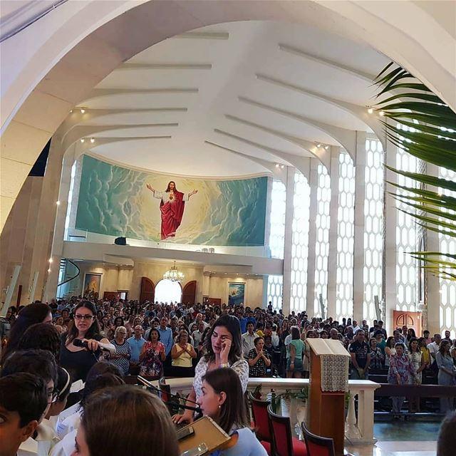 🇱🇧 Imagens do Domingo de Ramos celebrado na Catedral Maronita Nossa... (Catedral Maronita Nossa Senhora Do Libano)